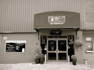 Jazz Cafe - Black n' White
